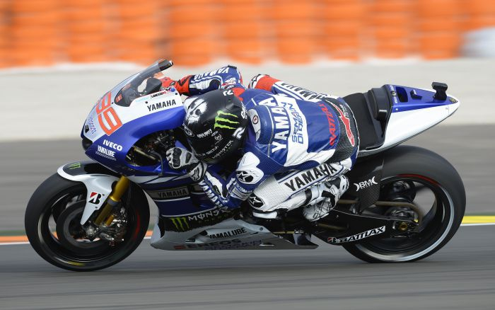 Lorenzo blazes to Valencia front row despite bike issues