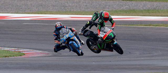 Jorge Navarro claims valuable podium while Aron Canet crashes out of race in Argentina