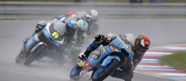 Jorge Navarro scores points in the wet while Aron Canet crashes out of Brno race