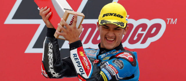Arón Canet takes second victory of the season in Assen thriller