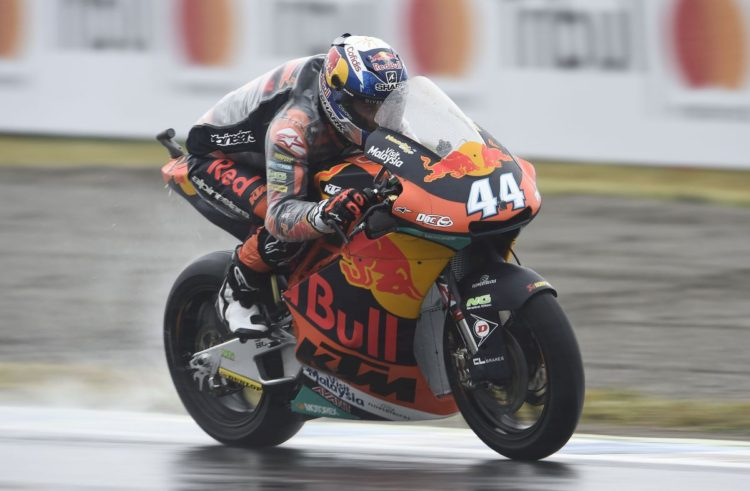 Miguel Oliveira seventh in battle of attrition in Japan