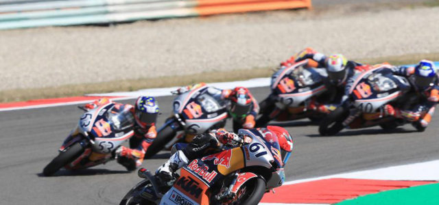Red Bull Rookies: Can Öncü unstoppable in Race 1 at Assen