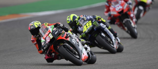 Aleix Espargaro battles with the top ten and finishes 7th in Aragon